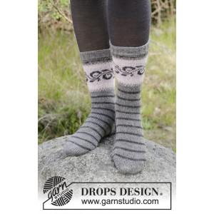Telemark Socks by DROPS Design - Strickmuster mit Kit Socken mit Norwegischem Muster Größen 35/37 - 41/43