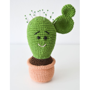 Cactus needle cushion by KreaLoui – Nadelkissen Häkelmuster mit Kit 18cm