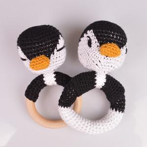 Pinguinrasseln von Rito Krea – Rassel Häkelmuster mit Kit 13cm