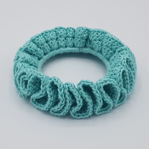 Ida's Scrunchie by Rito Krea - Häkelmuster mit Kit Scrunchie - 3 Stk