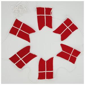 Flag Bunting by Rito Krea – Häkelmuster mit Kit Flaggenwimpel